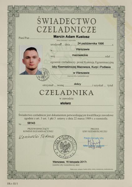 Dyplom czeladniczy uzyskuje Marcin Kustosz